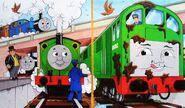 マガジンストーリーでトーマスとジェームスとパーシーとトップハム・ハット卿と共に居るチョコレート塗れのボコ