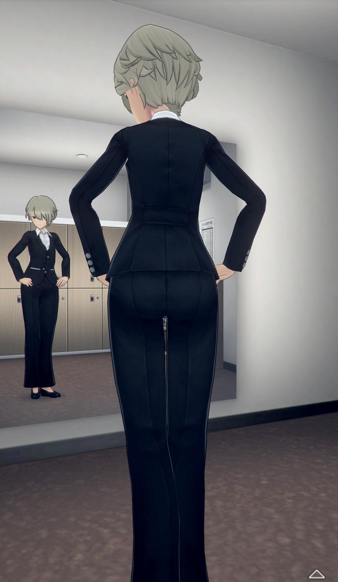 パンツスーツ-全身後.jpg