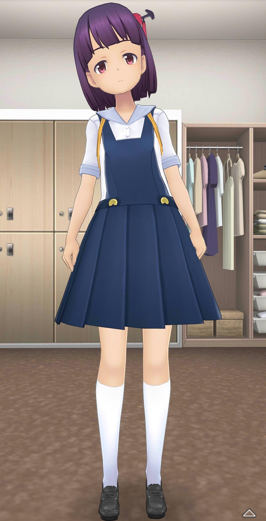 鐘月小学校の制服-全身前.jpg