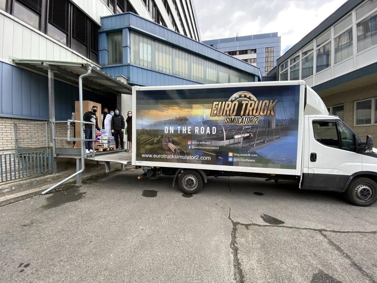 2020-TruckAtHome_02.jpeg