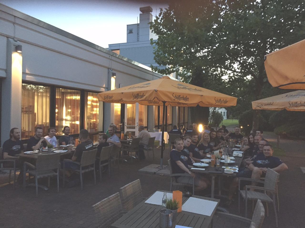 SCS-20150806_restaurant.jpg