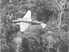 九七式重爆撃機二型 .jpg