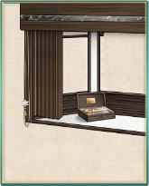 木製の高級ブラインド窓.png