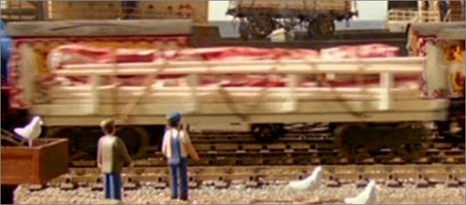 TV版第4シーズンのサーカスの平床式貨車