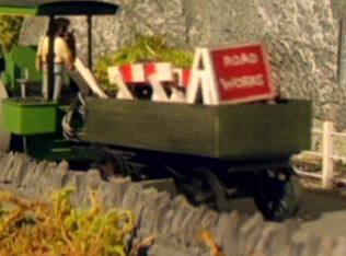 TV版第4シーズンのジョージのトレーラー