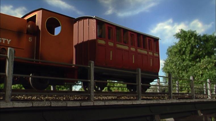 TV版第9シーズンの赤い客車