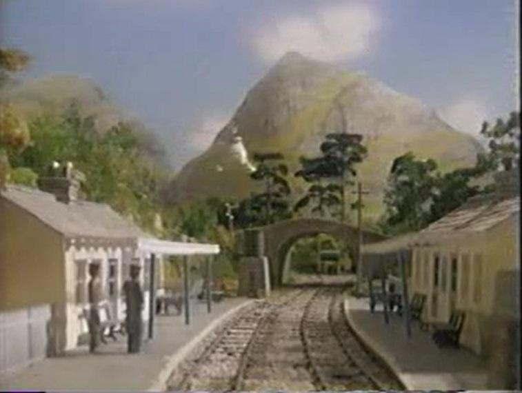 TV版第4シーズンのスカーロイ駅
