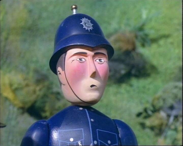 トーマスの機関士と言い争いをする警察官