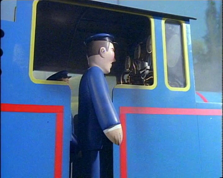 トーマスを運転しているトーマスの機関士
