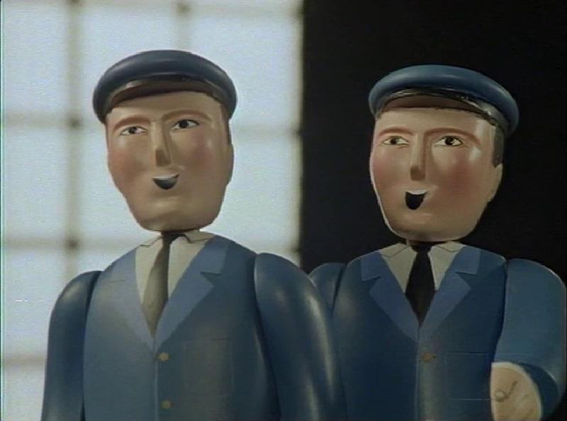 TV版第3シーズンのドナルドの機関助手(左)