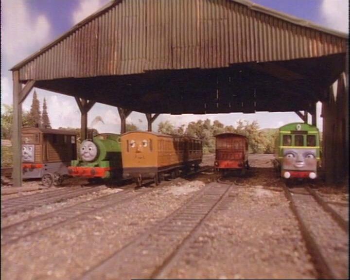 TV版第2シーズンの客車庫