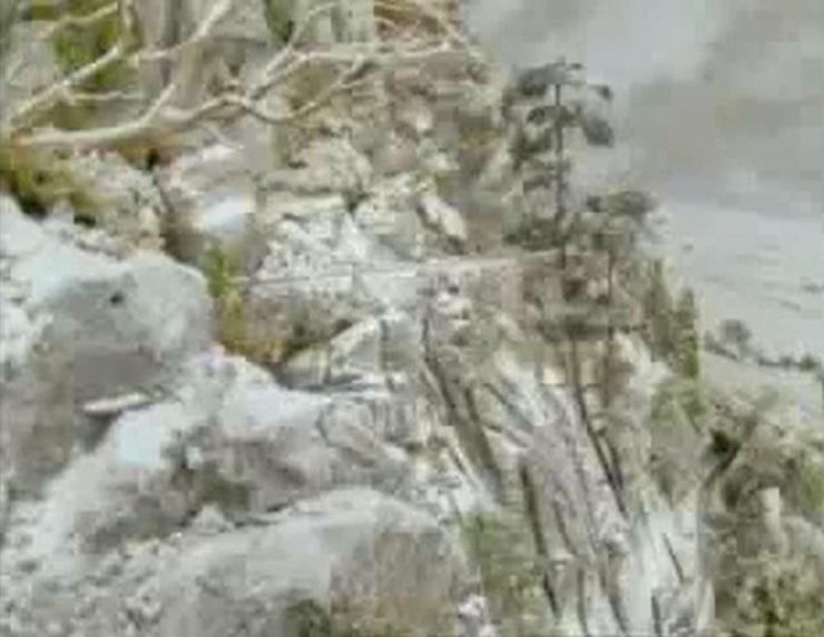 TV版第4シーズンの崖淵の線路