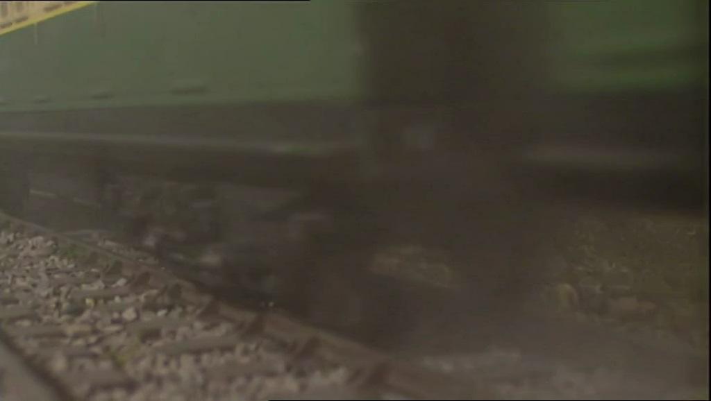 TV版第8シーズンの急行客車(緑)17