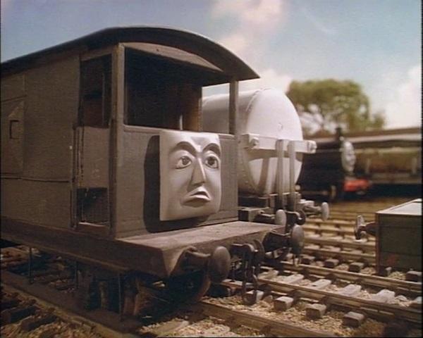 TV版第2シーズンの意地悪なブレーキ車