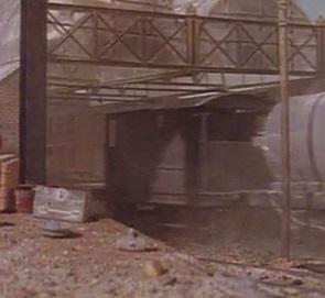 TV版第2シーズンの灰色のイギリス国鉄の20トンブレーキ車18