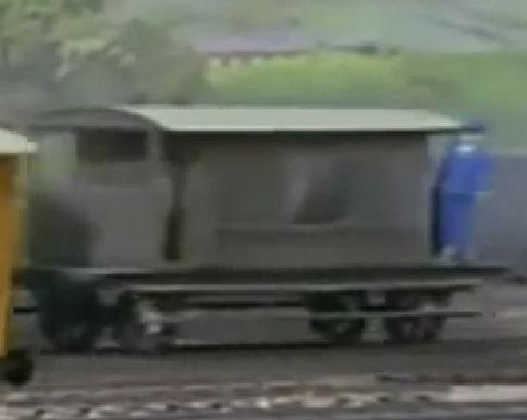 TV版第1シーズンの灰色のイギリス国鉄の20トンブレーキ車5
