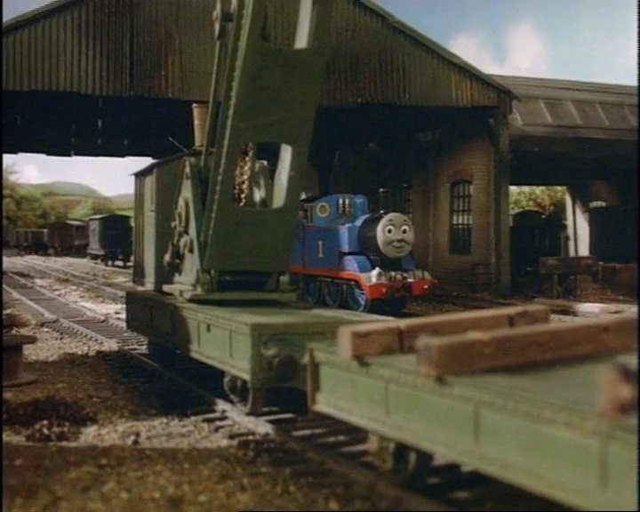 トーマスとクレーン車と共にいる灰色のイギリス国鉄の20トンブレーキ車