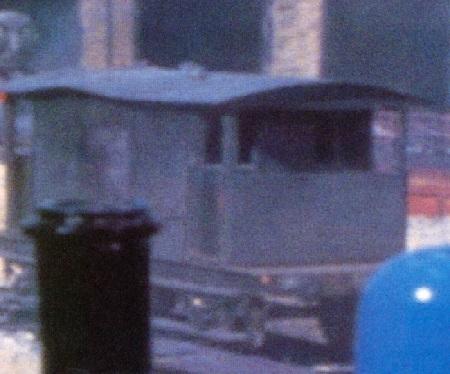 TV版第5シーズンの灰色のイギリス国鉄の20トンブレーキ車2