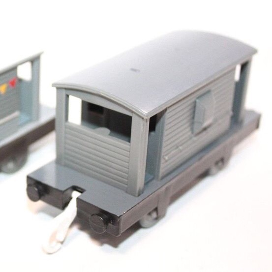 プラレールの灰色のイギリス国鉄の20トンブレーキ車3