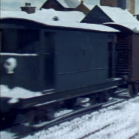 TV版第6シーズンの灰色のイギリス国鉄の20トンブレーキ車2