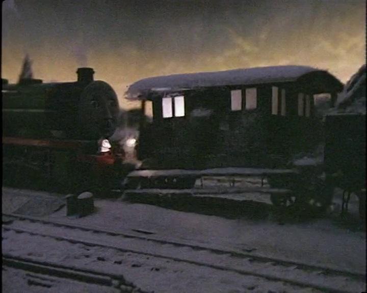 衝突された窓付きイギリス国鉄の20トンブレーキ車