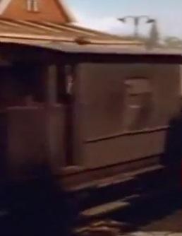 TV版第2シーズンの茶色のイギリス国鉄の20トンブレーキ車
