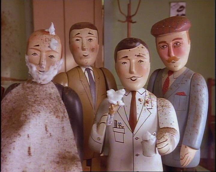 TV版第2シーズンの髭を生やした水色のスーツの男性