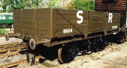 原作の5型無蓋貨車(タイプ2)のモデル車
