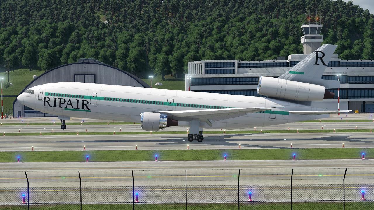 DC-10 1.jpg
