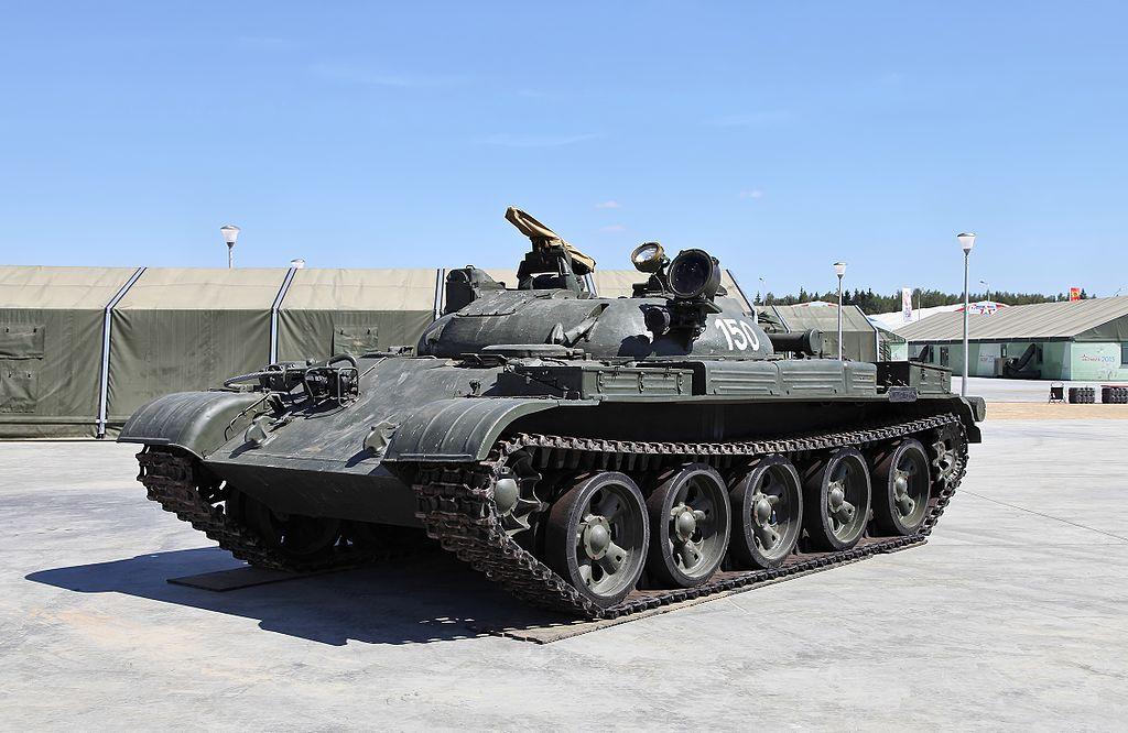 IT-1_tank_in_Patriot_park.jpg