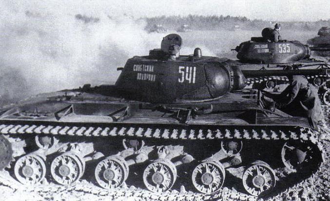 KV-1S_541.jpg
