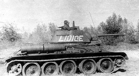 T-34mod1942_lidice.jpg