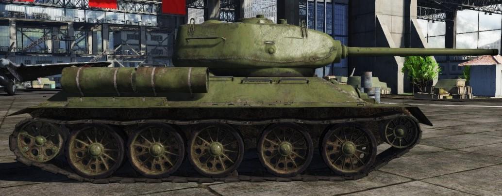T-34-85(D-5T).jpg