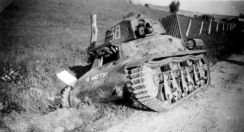 Panzer_Frankreich_1940_(RaBoe).jpg