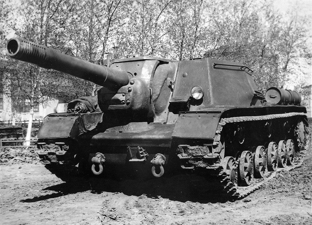 SU-152_history1.jpg