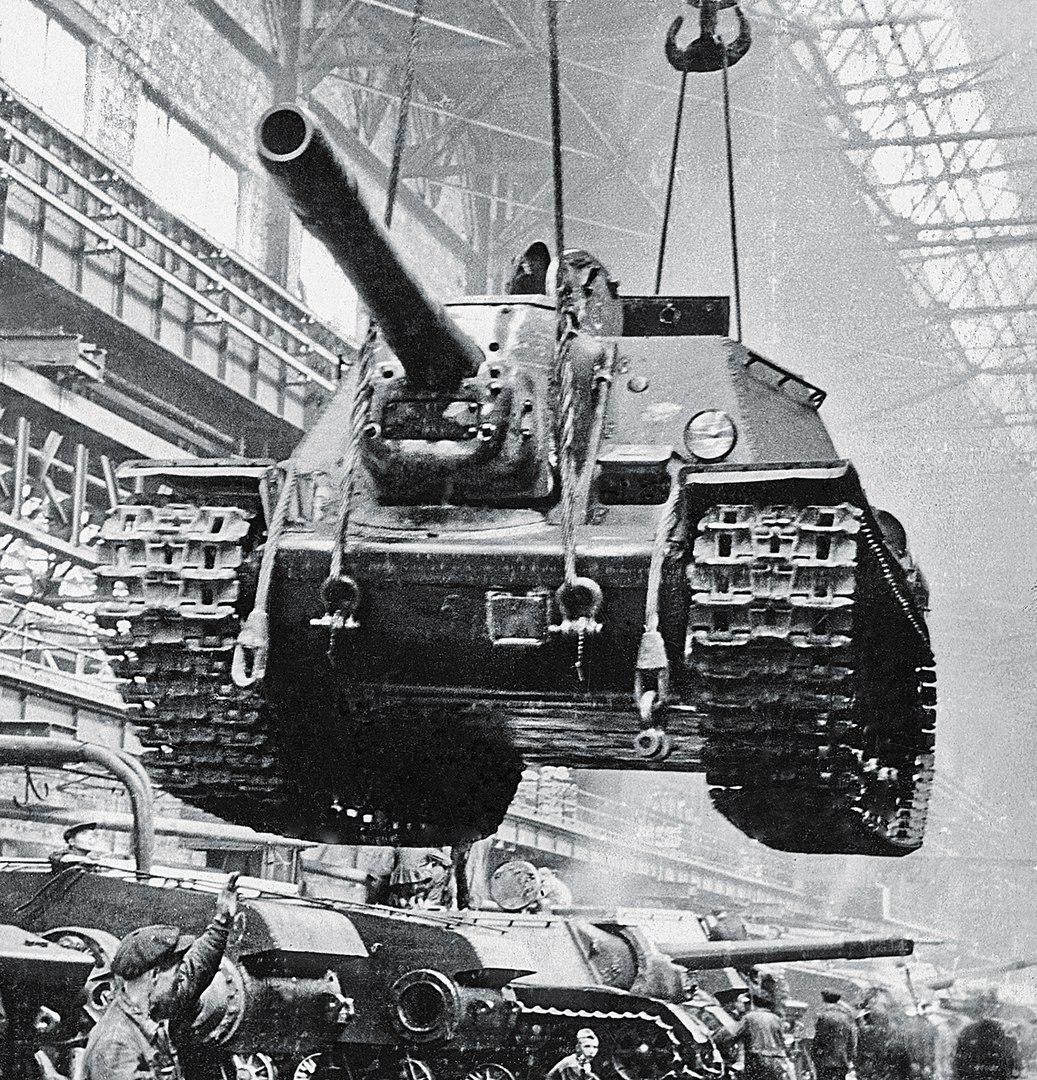 SU-152_history4.jpg