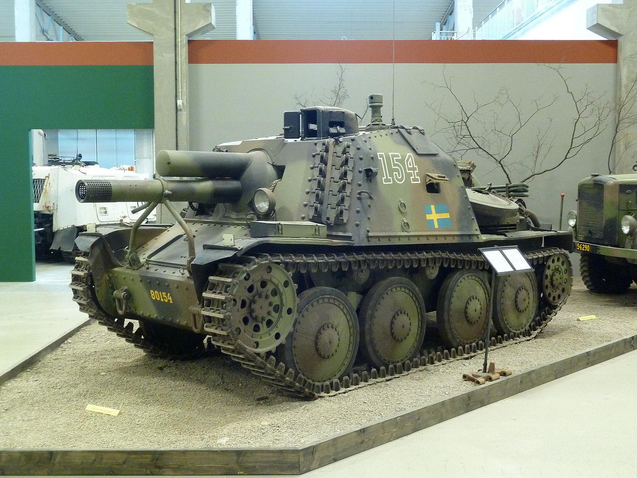 Stormartillerivagn_m43_history1.jpeg