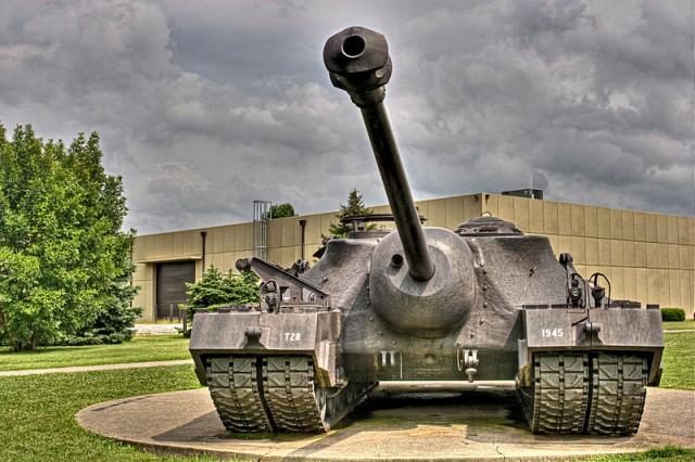640px-T28_Super_Heavy_Tank.jpg