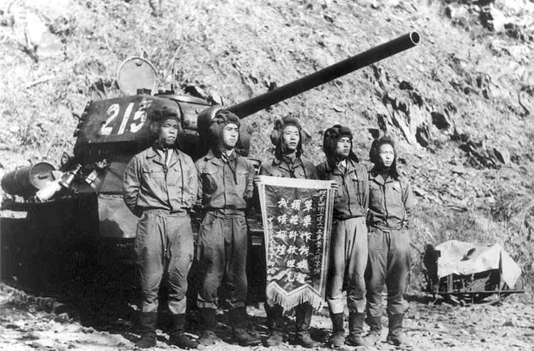 T-34-85_China_No.215_history1.jpg